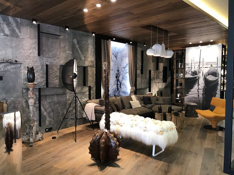 Dada's Home Showroom
